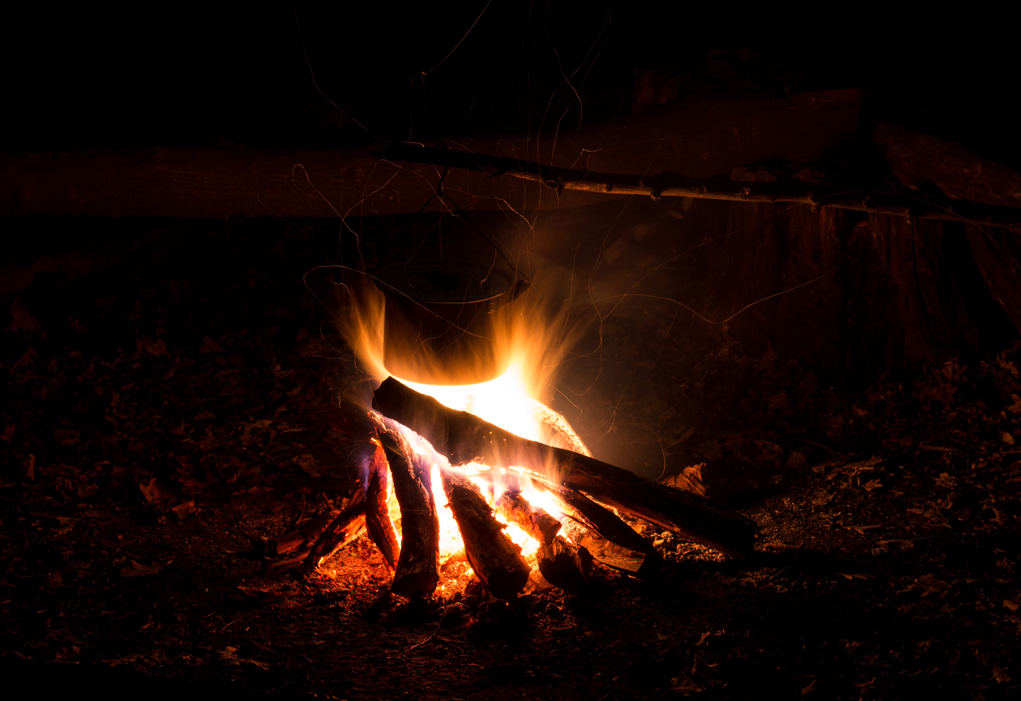 ночной костёр фото