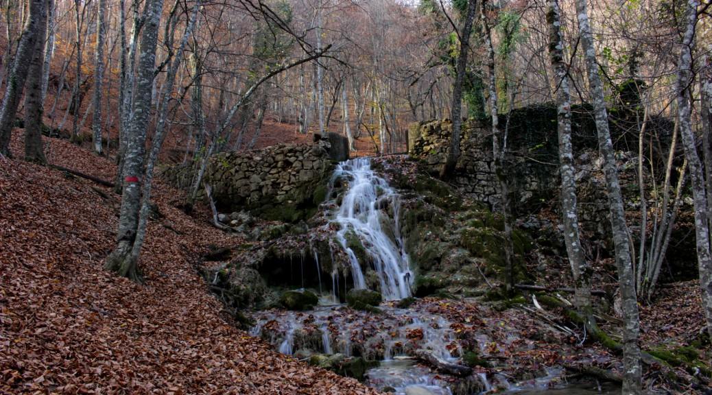 Крым, Большой каньон. Юсуповское озеро и водопады