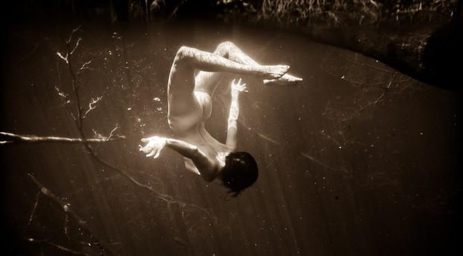 Впечатляющие снимки под водой от американского фотографа