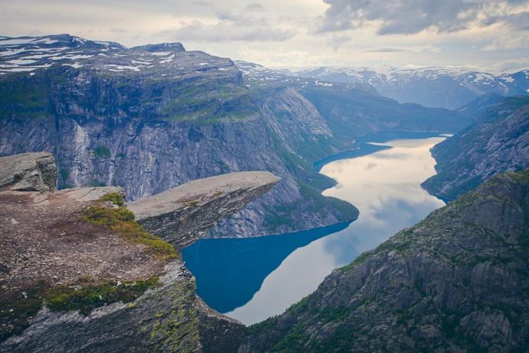 troll_tongue__trolltunga__norway_by_jaspergrom-d5ijjcs