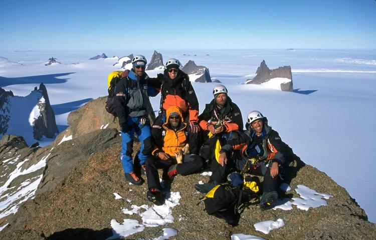 Holtana-Summit