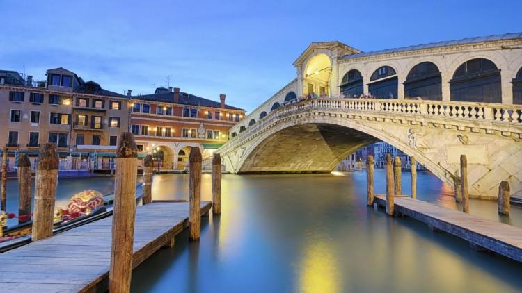 Venetsiya-most-Rialto-6