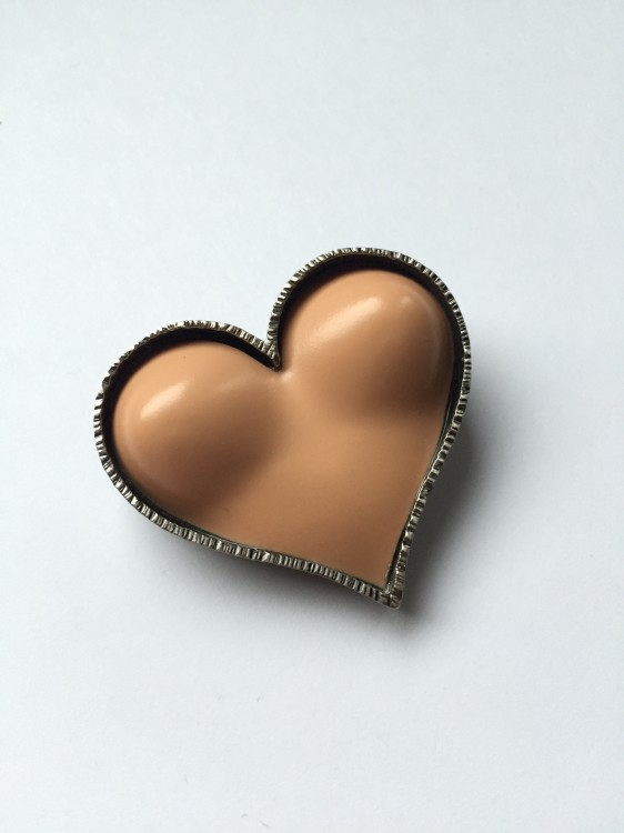 Bust_Heart_Pin_-_5
