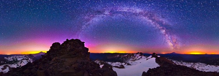 a-starry-night-on-old-snowy-mountain-360