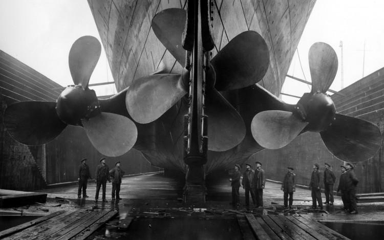 Ships_Huge_bolts_of_Titanic_025577_
