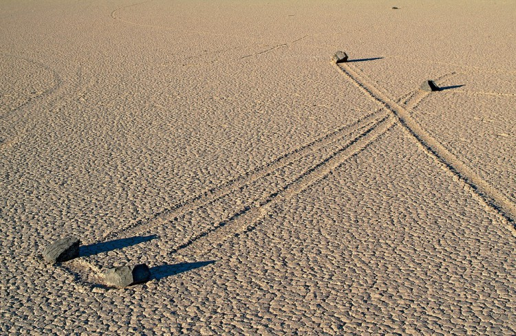 Death-Valley-Sailing-Stones_02