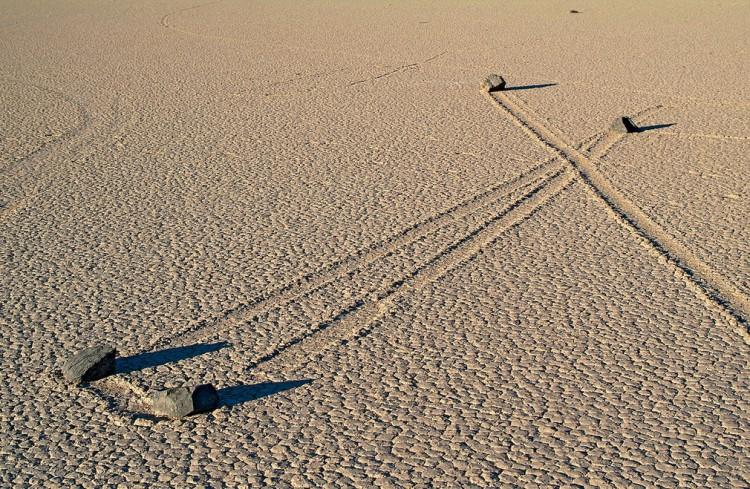 Death-Valley-Sailing-Stones_02
