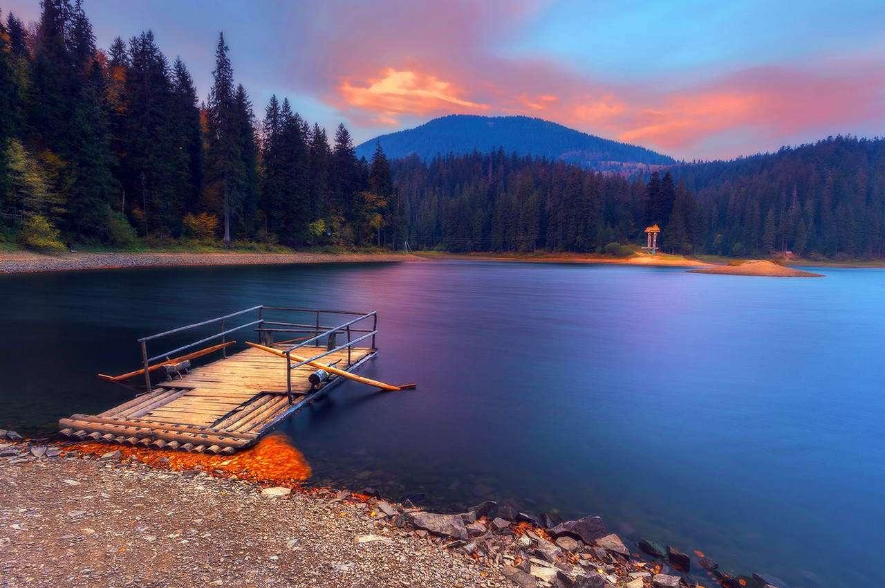 Задницу отдых на горном озере ню юбки трусы полизать