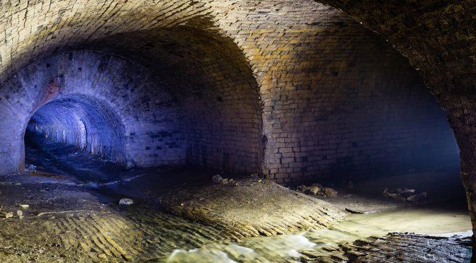 Поход в подземную реку Глыбочица (ливневый коллектор), Киев
