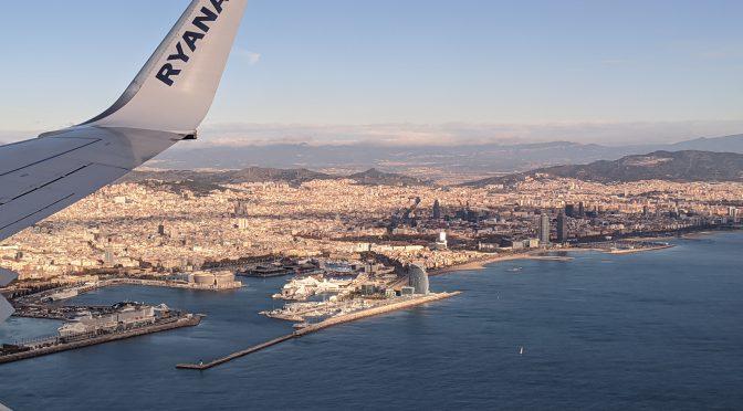 Видео взлета пассажирского самолета в аэропорту Барселоны. Испания